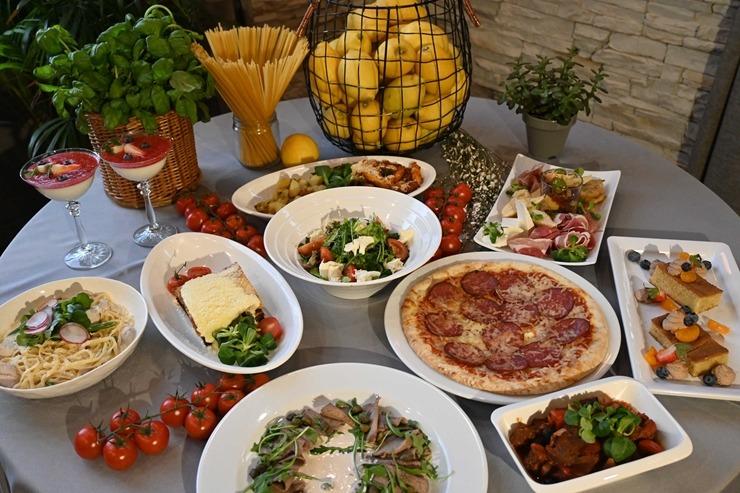 Restorāns «Hercogs Mārupe» ir viens no retajiem Pierīgā, kas pandemijas laikā var lepoties ar bagātīgu ēdienkarti 296535
