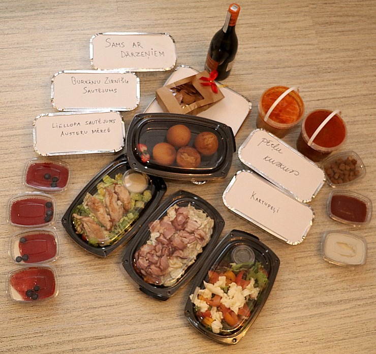 Travelnews.lv apceļo Latviju un cenšas noēst restorāna «Hercogs Mārupe» 90 eiro vērto «Brīvdienu kasti» 297218