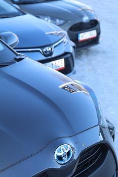 Auto noma «Sixt Latvija» saņem 15 jaunas «Amserv Motors» automašīnas 14