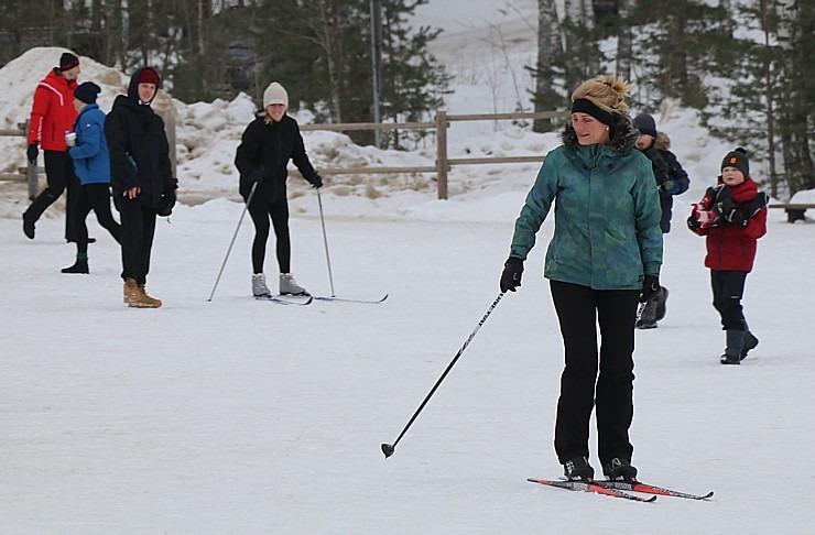 Ogres Zilo kalnu distanču slēpošanas trases ir pieprasīts ziemas aktivitāšu centrs 297878