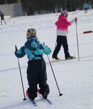 Ogres Zilo kalnu distanču slēpošanas trases ir pieprasīts ziemas aktivitāšu centrs 9