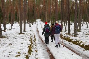 Travelnews.lv sadarbībā ar auto nomu «Sixt Latvija» dodas pārgājienā Silenes apkārtnē 17