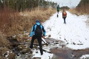 Travelnews.lv dodas 37 km pārgājienā Dundagas apkārtnē 2.daļa 31