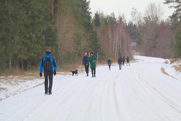 Travelnews.lv dodas 37 km pārgājienā Dundagas apkārtnē 3.daļa 298278