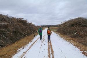Travelnews.lv dodas 37 km pārgājienā Dundagas apkārtnē 3.daļa 21
