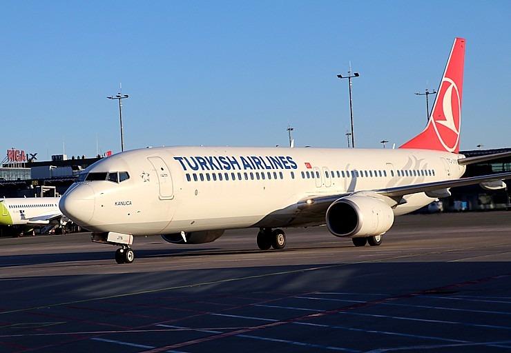 Pēc 375 dienu prombūtnes lidsabiedrības «Turkish Airlines» lidmašīna ir atkal Rīgas lidostā 299145