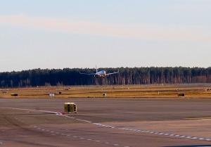 Pēc 375 dienu prombūtnes lidsabiedrības «Turkish Airlines» lidmašīna ir atkal Rīgas lidostā 10