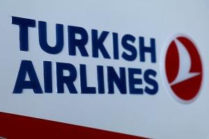 Pēc 375 dienu prombūtnes lidsabiedrības «Turkish Airlines» lidmašīna ir atkal Rīgas lidostā 38