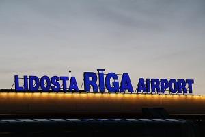 Pēc 375 dienu prombūtnes lidsabiedrības «Turkish Airlines» lidmašīna ir atkal Rīgas lidostā 39