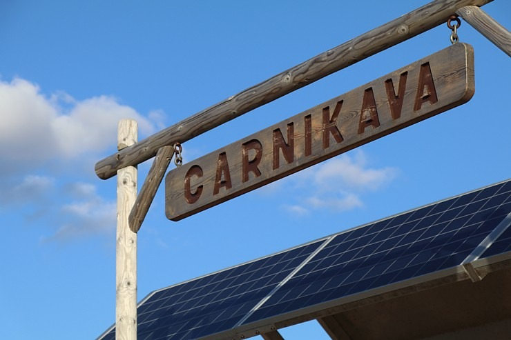 Mākslinieku dvēselēm šobrīd ir jādodas uz Carnikavas pludmali 299276