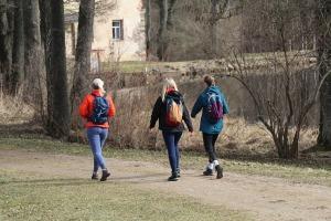 Travelnews.lv dodas 28 km pārgājienā Gārsenes apkārtnē 1.daļa 21