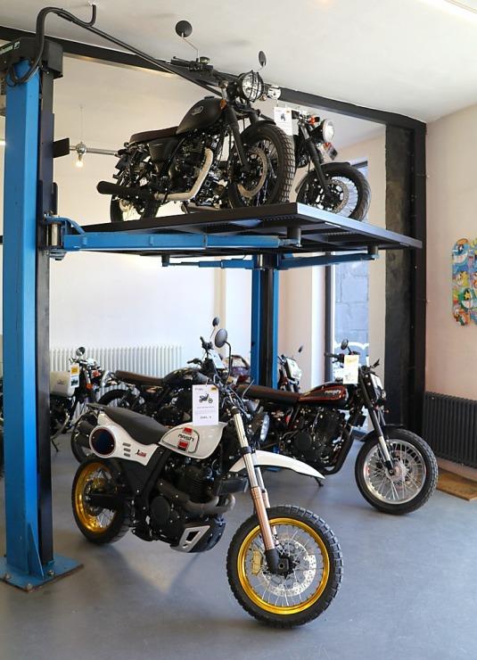 Travelnews.lv apmeklē pilsētas motociklu tirgotavu «Dude Bikes» Rīgā 300089