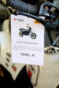 Travelnews.lv apmeklē pilsētas motociklu tirgotavu «Dude Bikes» Rīgā 3