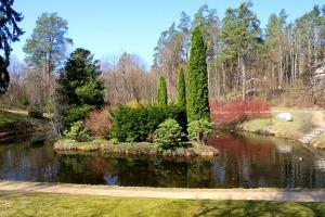 Travelnews.lv apmeklē dendroloģisko Špakovska parku Ogrē 7