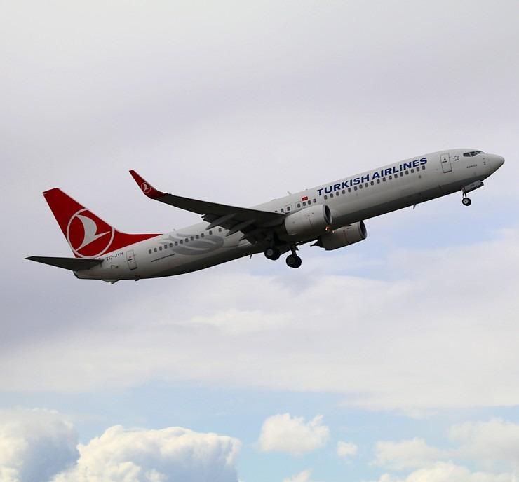 Pēc 539 dienām tūroperators «Tez Tour Latvija» atsāk čarterlidojumus uz Antalju ar «Turkish Airlines» 300302