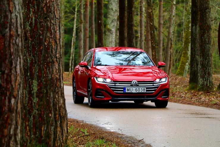 Travelnews.lv apceļo Latviju ar skaisto «Volkswagen Arteon Shooting Brake» 300345