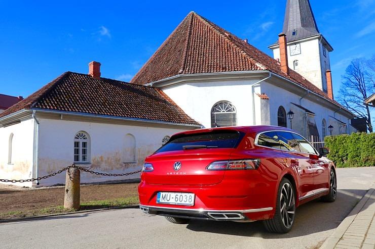 Travelnews.lv apceļo Latviju ar skaisto «Volkswagen Arteon Shooting Brake» 300330