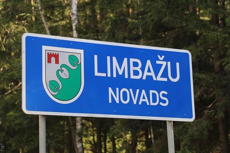Travelnews.lv apmeklē Limbažu Lielezera dabas taku 300860
