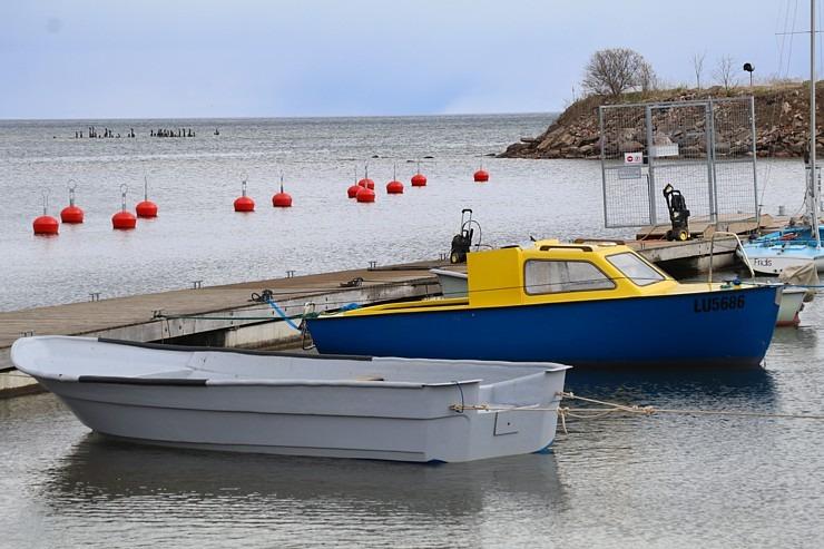 Travelnews.lv dodas 20 km pārgājienā gar Rīgas līča krastu Engures pusē 300888