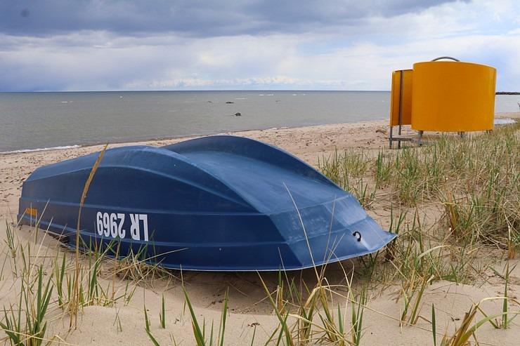 Travelnews.lv dodas 20 km pārgājienā gar Rīgas līča krastu Engures pusē 300897