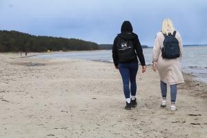 Travelnews.lv dodas 20 km pārgājienā gar Rīgas līča krastu Engures pusē 32