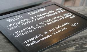Travelnews.lv pievakarē apmeklē restorānu «Masti Grill&Chill» Ozolniekos 30