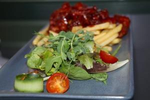 Travelnews.lv pievakarē apmeklē restorānu «Masti Grill&Chill» Ozolniekos 7