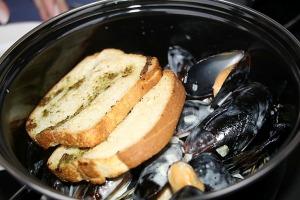 Travelnews.lv pievakarē apmeklē restorānu «Masti Grill&Chill» Ozolniekos 8