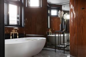 Rīgā atklāj jaunu dizaina viesnīcu «A22 Hotel» 10