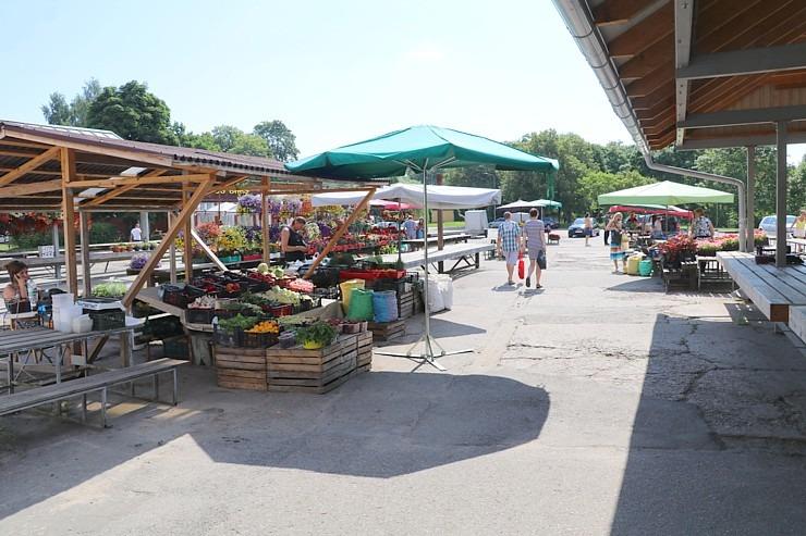 Travelnews.lv apmeklē Valmieras tirgu un iepazīst vietējās cenas 303673