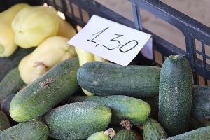 Travelnews.lv apmeklē Valmieras tirgu un iepazīst vietējās cenas 13