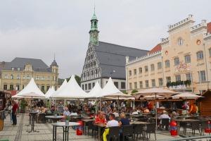 Saksijas pilsēta Cvikava slavējas ar garšīgu virtuvi un DDR laika būvētiem spēkratiem «Trabant» 11
