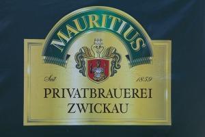 Saksijas pilsēta Cvikava slavējas ar garšīgu virtuvi un DDR laika būvētiem spēkratiem «Trabant» 5