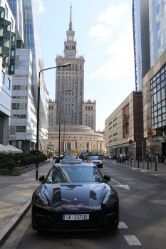 Travelnews.lv sadarbībā ar «AVIS Latvija» apceļo moderno un mūsdienīgo Varšavu 26