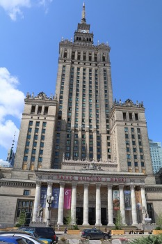 Travelnews.lv sadarbībā ar «AVIS Latvija» apceļo moderno un mūsdienīgo Varšavu 27