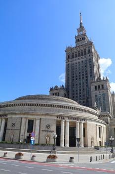 Travelnews.lv sadarbībā ar «AVIS Latvija» apceļo moderno un mūsdienīgo Varšavu 28