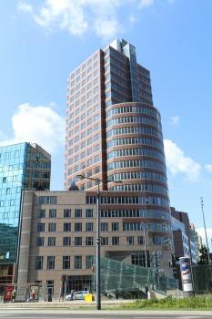 Travelnews.lv sadarbībā ar «AVIS Latvija» apceļo moderno un mūsdienīgo Varšavu 4