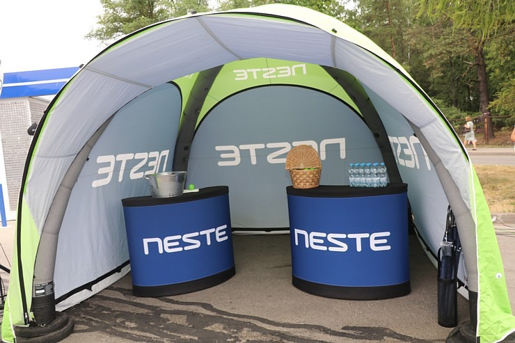 «Neste» sadarbībā ar «Paulig Latvija» atver Latvijā pirmo pašapkalpošanās veikalu «Neste Easy Deli» 304675