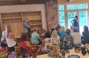Travelnews.lv izbauda Krāslavas novada viesmīlību, kempingu «Siveri», 1500 lelles un Pauliņa keramiku 25