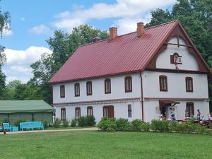 Travelnews.lv izbauda Krāslavas novada viesmīlību, kempingu «Siveri», 1500 lelles un Pauliņa keramiku 31