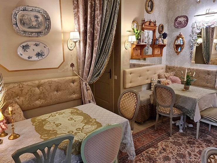 Travelnews.lv izbauda Rīgas restorāna «Café Mio» viesmīlību un romantisko interjeru 306744