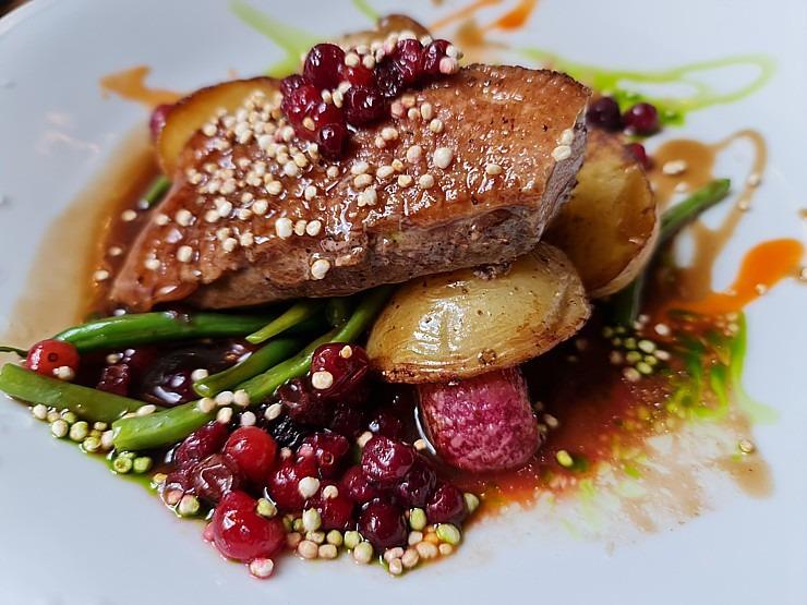 Travelnews.lv izbauda Rīgas restorāna «Café Mio» viesmīlību un romantisko interjeru 306737