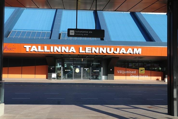 Travelnews.lv lido ar «airBaltic» no Rīgas uz Tallinu caur Helsinkiem biezās miglas dēļ 306919
