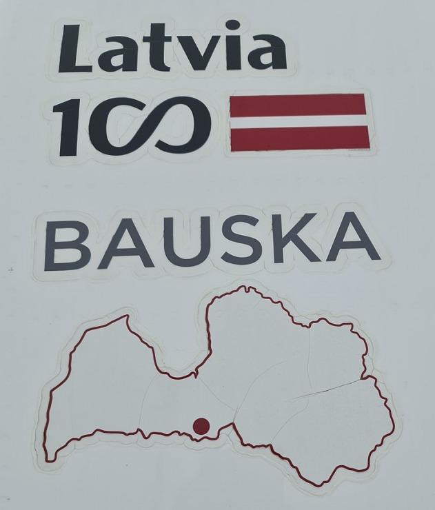 Travelnews.lv lido ar «airBaltic» no Rīgas uz Tallinu caur Helsinkiem biezās miglas dēļ 306906