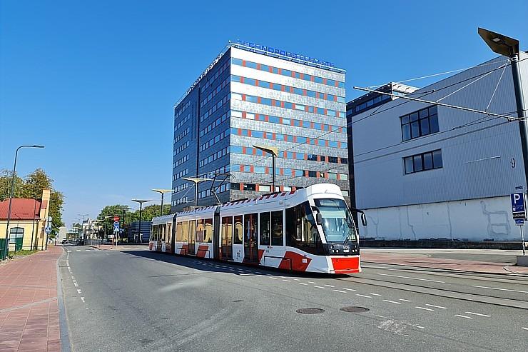 Travelnews.lv no Tallinas lidostas (20-25 min) kājām dodas uz Tallinas autoostu, lai ceļotu uz Sāremā 306923