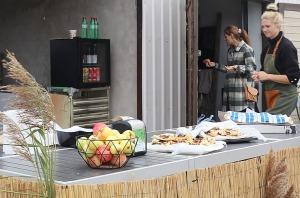 Travelnews.lv apmeklē un izbauda trīs mājas kafejnīcas Igaunijas Kuresārē 41