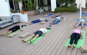 Travelnews.lv apmeklē jogas nodarbību Tenerifes luksus viesnīcā «Hotel Vulcano» 24