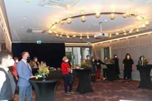 Sandra Strēle kopā ar Latvijas Mākslas akadēmiju (LMA) atklāj personālizstādi «Citi laiki» Rīgas viesnīcā «Grand Poet by Semarah Hotels» 21