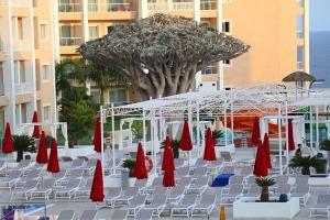 Iepazīstam ģimeņu laimīgāko viesnīcu «Fantasia Bahia Principe Tenerife» un tās priekšnesumus 3