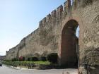 Viena no ievērojamām vietām ir Saloniki pilsētas akropole - cietoksnis, kas ir uzcelts augstākajā pilsētas punktā 7